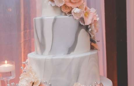 Cescaphe catering wedding cake