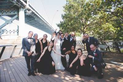 how to take bridal party photos at race street pier