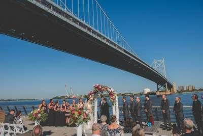 Amazing wedding views in Philadelphia race street pier