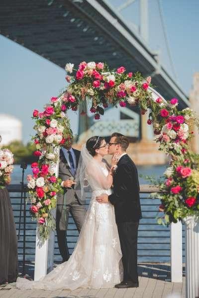 Jennifer Designs wedding flowers for philadelphia wedding
